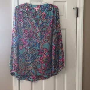 Lilly Pulitzer 100% Silk V Neck Blouse Worn Once